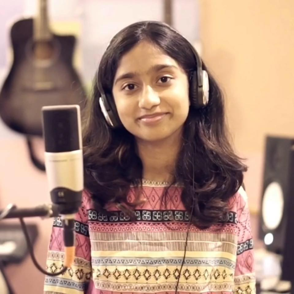 Mia Makhija : The inspiring story of this 14-year singer and songwriter